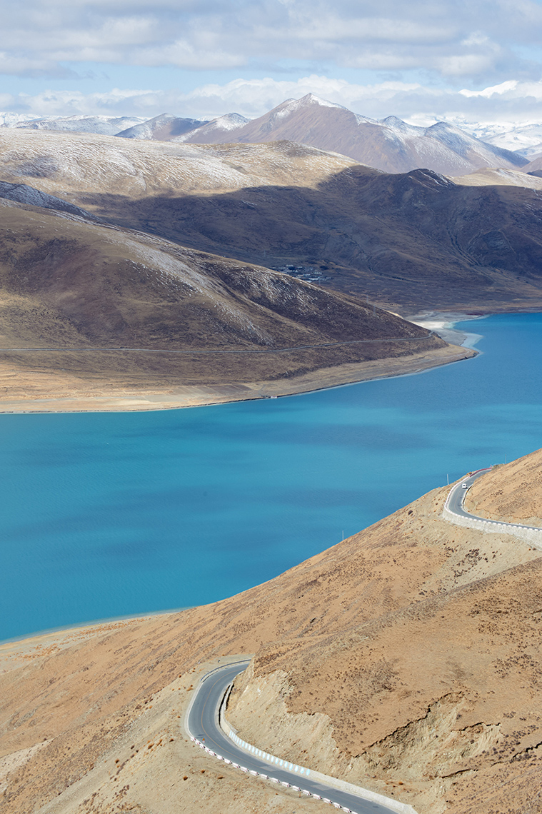 Landscapes | Yamdrok Lake, Tibet